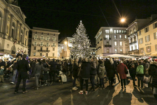 comer-see-abc/images/natale-in-piazza-1.jpg