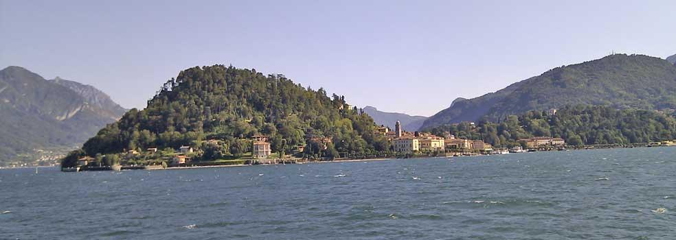 Blick von Villa Carlotta nach Bellagio.