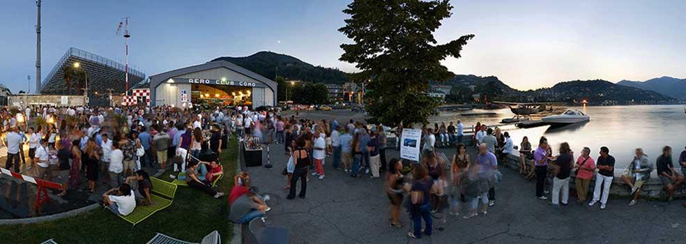 Donnerstags:Hangar-Party beim  Wasserflugplatz Como.