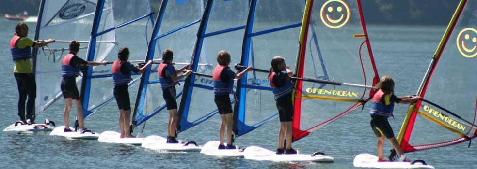 Üben, üben, damit man dem Surfbrett über den Comer See zischen kann.