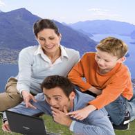 Im Urlaub im Internet surfen