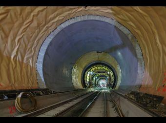 Gotthard-Basistunnel: Besichtigung des längsten Tunnels der  Welt