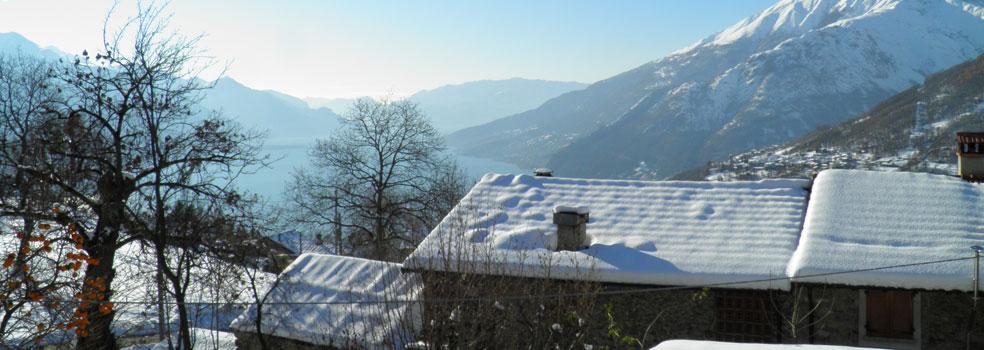 Winter impression Lago di Como Peglio lake view
